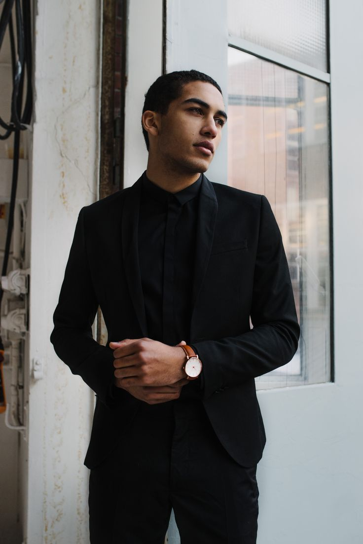 sleek // #brathwait, black suit, menswear, mens style, mens fashion, watch, minimalist