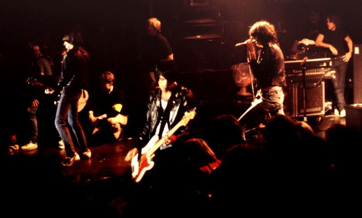 Ramones, I wanna be Sedated!