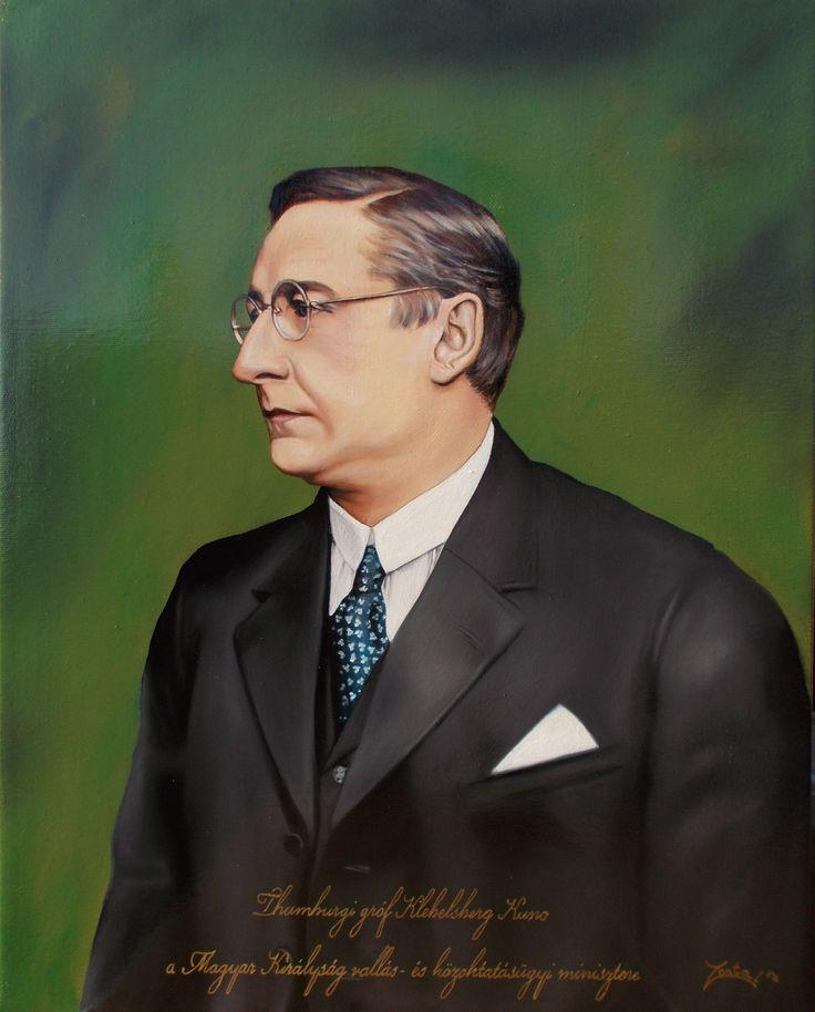 Thumburgi gróf Klebelsberg Kuno, a Magyar Királyság vallás- és közoktatásügyi miniszterének portréja 40x50 cm-es olajfestmény