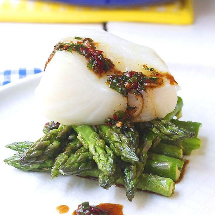 ovnsbakt torsk med lettstekte asparges
