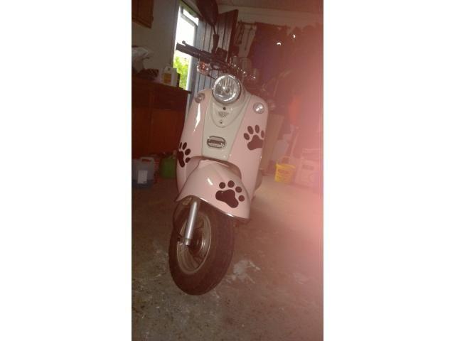 S�lger flot og fint lyser�d 45km/h scooter 3500 V�rl�se - Til Salg