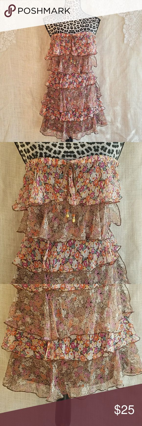 Laundry Shelli Segal Brown Floral Ruffle Dress Sm. Adorable brown tiered ruffle dress with side zip, slight boning in the bodice, and leather like tie straps. Size tag is missing, but it is as size small. Excellent condition, no flaws seen. Laundry by Shelli Segal Dresses Mini