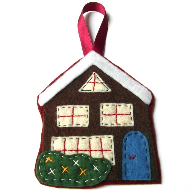 Christmas Cottage - Tree Decoration - Decorations £7.95