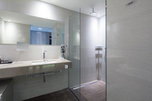 Superior Kamer-Groot-Familie-Minibar-Rainshower-Bubbelbad - Hotel Heerlen