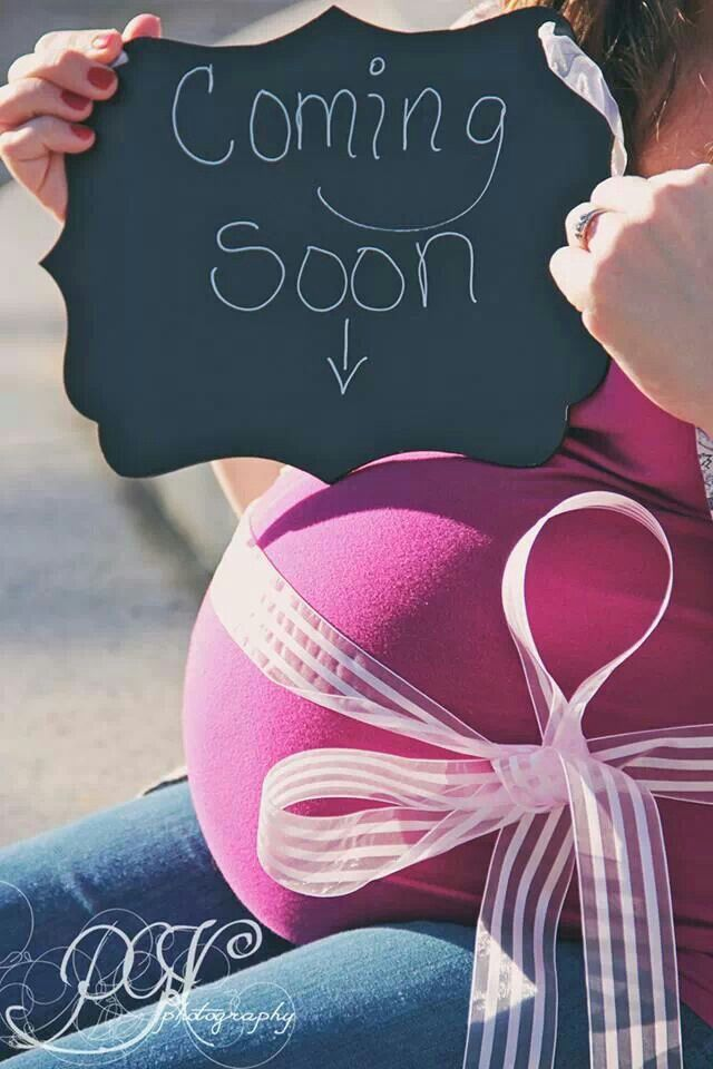 Maternity photos by PGVphotography. #maternity photography