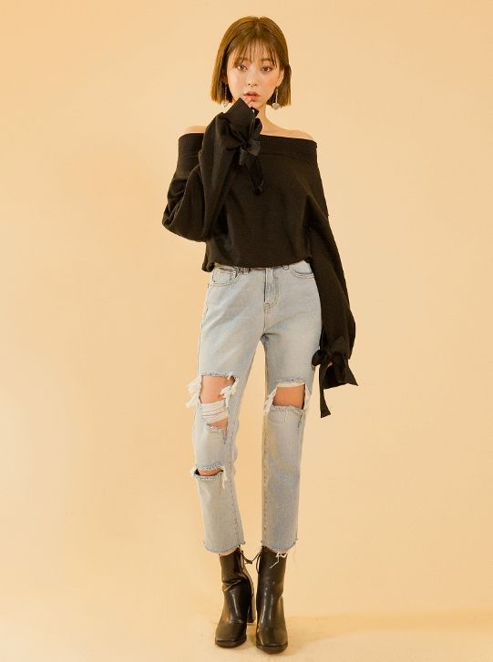 chuu - Cutout Distressed Washed Loose-Fit Jeans