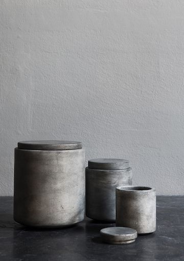 grey stained marble jars Michaël Verheyden