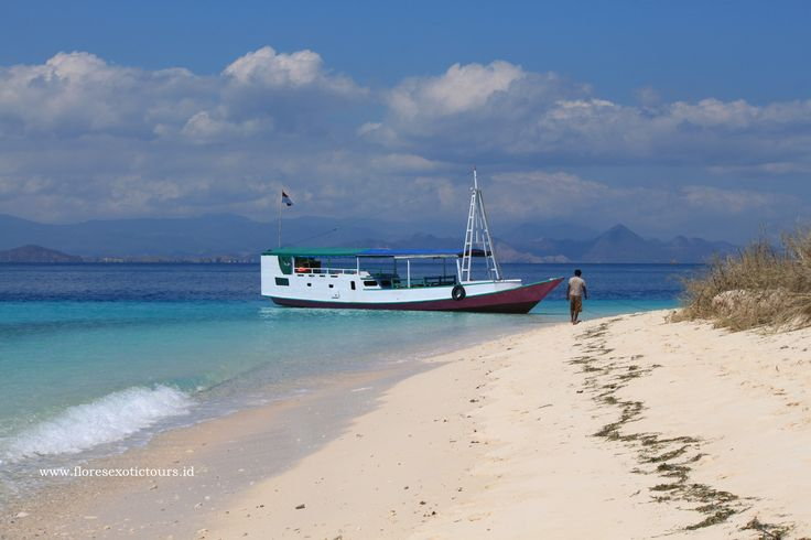 Sabolon island beach,Labuan bajo