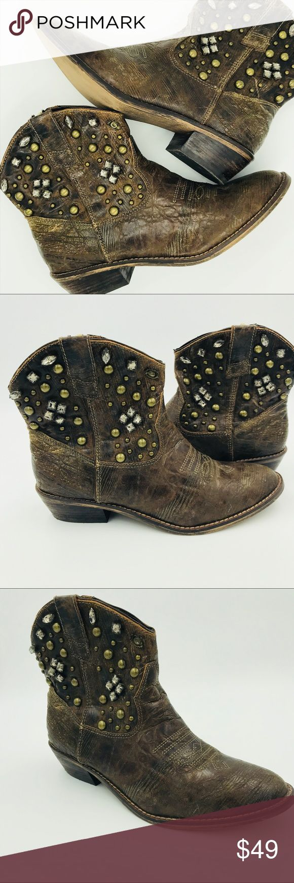 🆕🍂📝Steve Madden Broncco Bootie with rhinestones Adorable rhinestone cowgirl leather bootie. Perfect with jeans, leggings, or a skirt. The look of these boots is supposed to be worn. There's some peeling inside one boot (see pic), otherwise is great pre-owned condition. Size 7.5. Steve Madden Shoes Ankle Boots & Booties