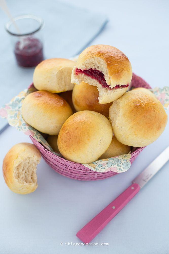 Panini ai fiocchi di latte (senza burro e senza olio) super soffici, ideali per buffet. Sandwich buns-Chiarapassion