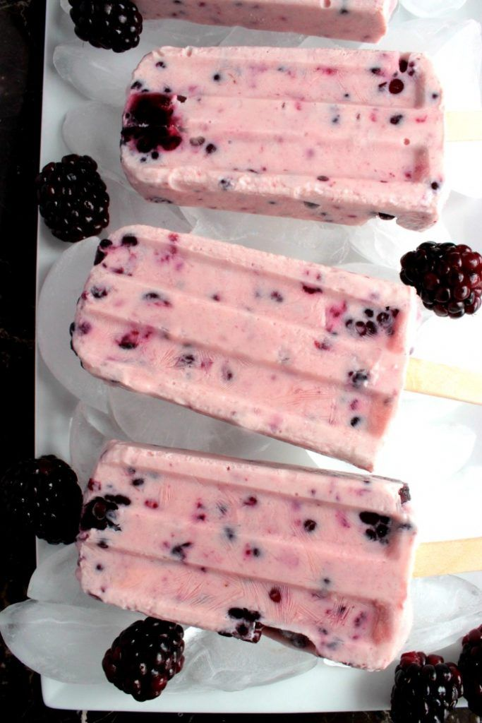 Blackberry Yogurt Popsicles #12Bloggers - Big Bear's Wife