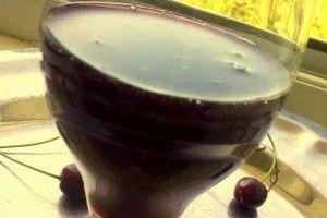 Reteta culinara Sirop de cirese negre din Carte de bucate, Retete bauturi. Specific Romania. Cum sa faci Sirop de cirese negre