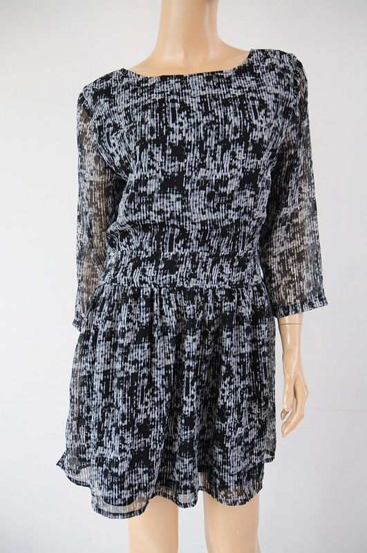 e41de4002a Sukienka wzorek bez pleców r. 42 Boohoo - Vinted