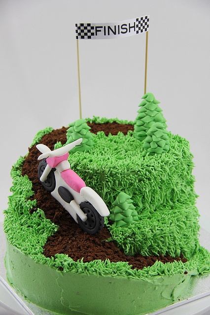 Dirt Bike TrackBikes 3, Motorbikes Cake, Bikes Track, Cakes Cupcakes, Cake Ideas, Theme Cakes, Taarten Cupcakes, Bikes Theme, Dirt Bikes