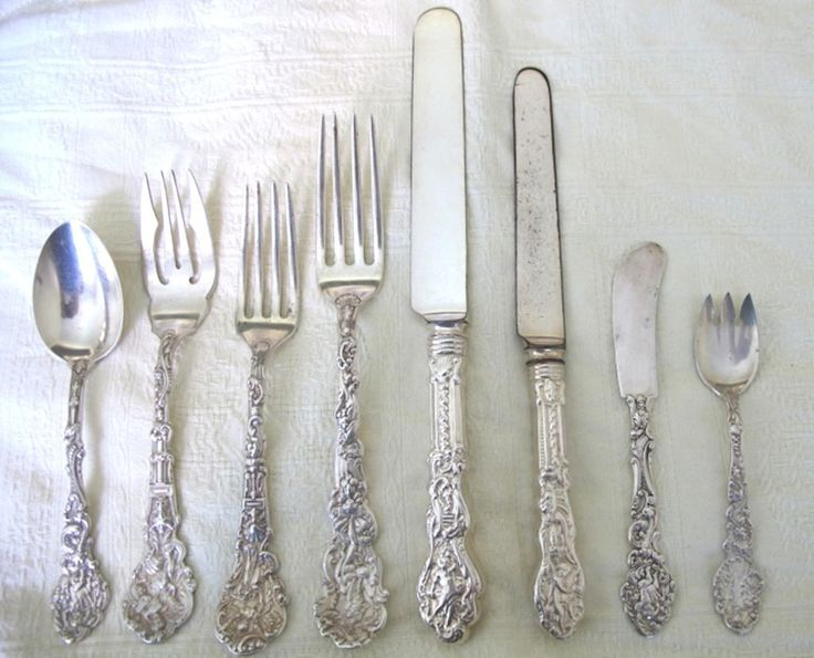 Gorham Versailles Pattern Sterling Flatware Gorgeous 72 Pieces from thecuriouscollector2000 on Ruby Lane $4000 & 117 best Vintage Flatware.... images on Pinterest | Antique silver ...