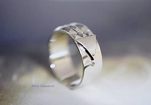Atlantis Luxor ring 585/1000 white gold