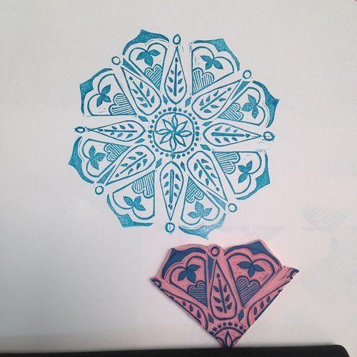 Metacarr - use as corner stamp or arrange in a circle or semi-circle