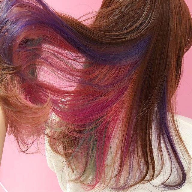 ユニコーンカラーのストレートロング♪ ダンスパフォーマンス用のヘアスタイル 髪型・アレンジ・カットの参考に☆