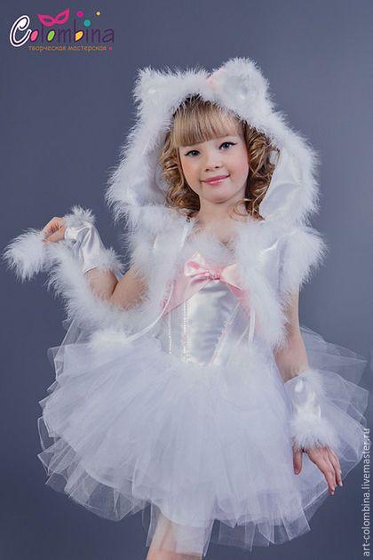 Купить или заказать Костюм кошки в интернет-магазине на Ярмарке Мастеров. карнавальный костюм белой кошки для девочки комплектация: платье, болеро, митенки 134-146 + 300…