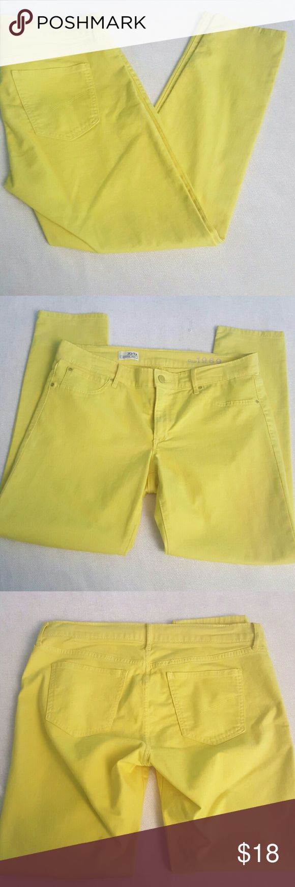 Gap EUC Sz 10r Yellow Legging Jean Ready to give your outfit a pop of color! GAP Pants