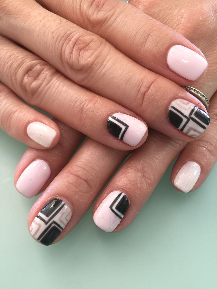 Cool Pink Color Nail # Hellokittyopi #gelpolish#shellac