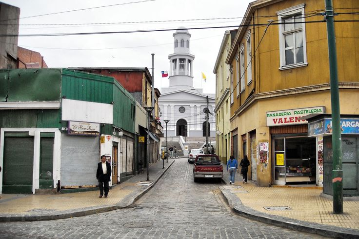 """Sector Puerto, al fondo la Iglesia """"La Matríz"""""""