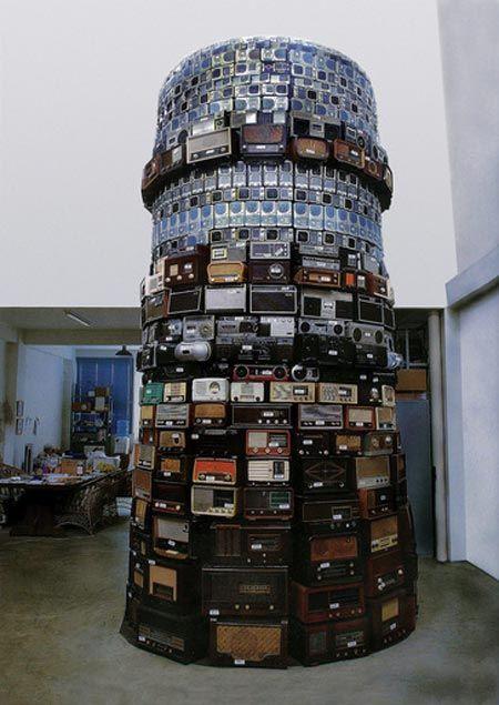 Cildo Meireles Babel 2001 radio stacks