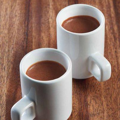 Chocolademousse met yoghurt, eiwit, gelatine, stevia-chocolade