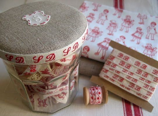 petits détails: Decorated Bonne Maman jar