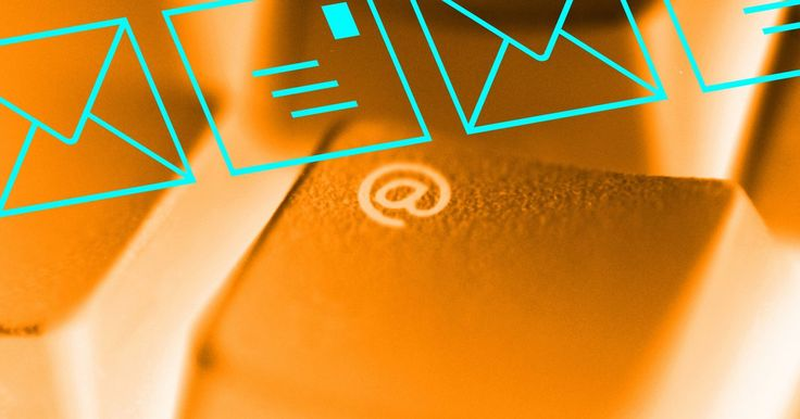 Cómo recuperar un mensaje enviado por Facebook. Los usuarios de Facebook pueden enviar mensajes personales a otros miembros de Facebook que utilizan el sistema de mensajería del sitio web. Cada vez que envías un mensaje a otro usuario de Facebook, una copia del mensaje se almacena en una sección separada de tu bandeja de entrada de mensajes de Facebook. Puedes revisar tu historial de mensajes ...