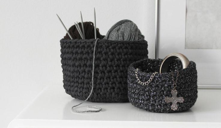 DIY crochet basket tutorial. http://www.nimidesign.com/diy-crocheted-baskets/