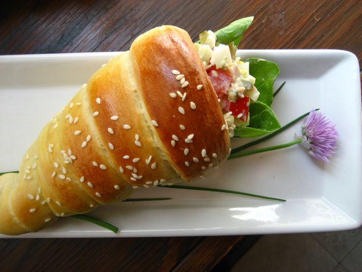 Φτιάξτε κώνους ψωμιού και γεμίστε τους με οτι θέλετε {+ Συνταγή}   Φτιάξτο μόνος…