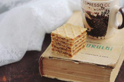 foi-de-napolitana-cu-caramel-si-nuca-8