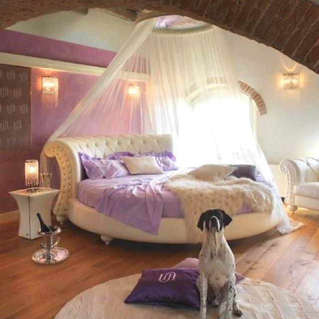Best 25 bachelorette pad ideas on pinterest who won the for Bachelorette bedroom ideas
