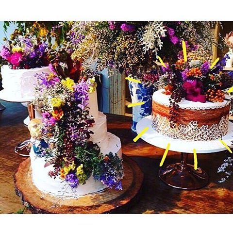 Bolo de Rolo Elvira Bona e os vintage cakes da @osbolosdabetah :purple_heart::green_heart::heartpulse: