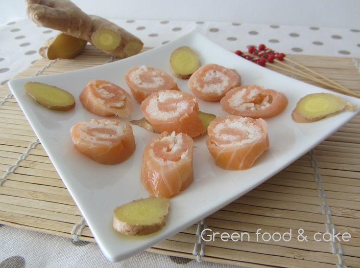 Involtini di salmone e riso profumati allo zenzero...una meraviglia! Scoprite qui la ricetta http://blog.giallozafferano.it/greenfoodandcake/involtini-di-salmone-e-riso/