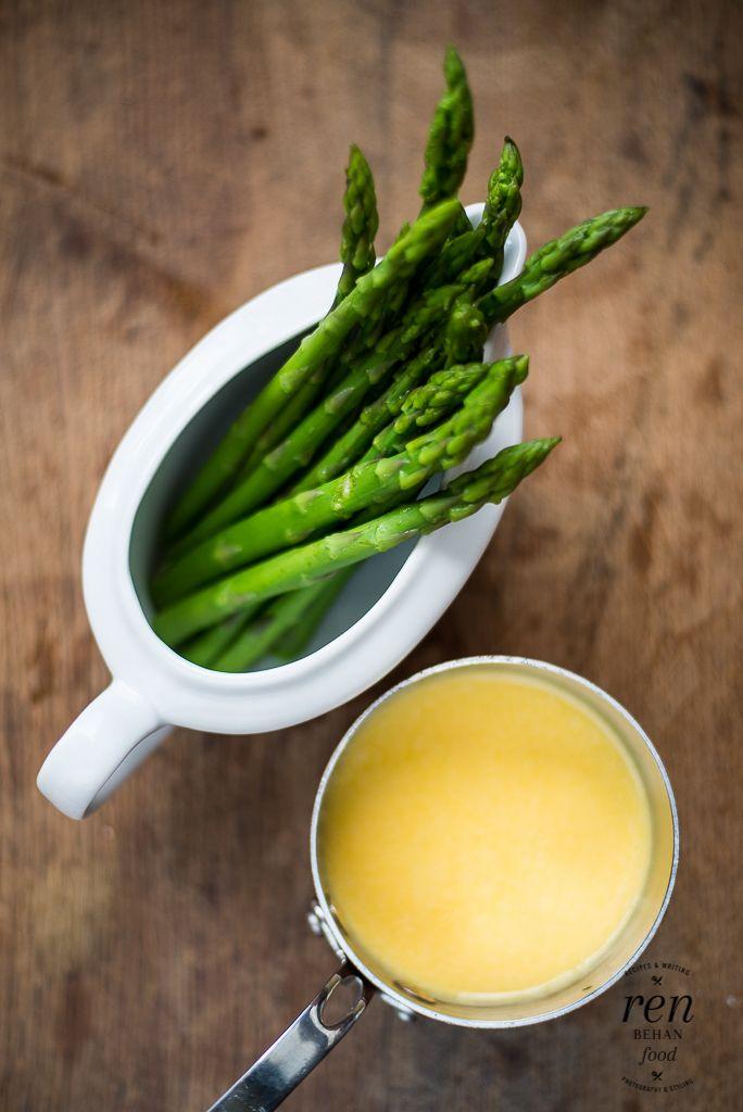 Two-Minute Power Blender Hollandaise (with asparagus) - Ren Behan Food   renbehan.com