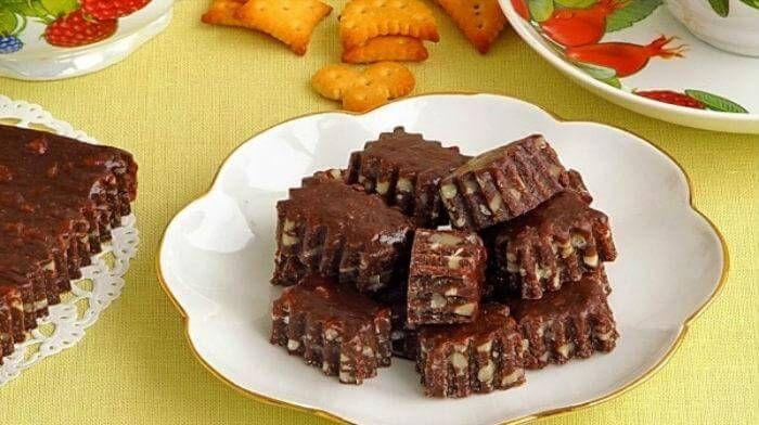 Bomboane moi cu ciocolată și nuci — visul amatorilor de dulciuri! - Retete-Usoare.eu