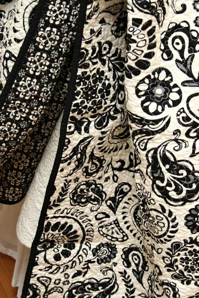 black and white quilt - this is beautiful....