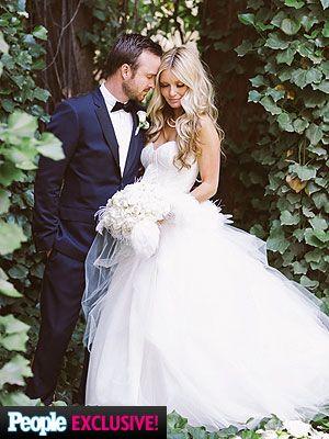 Aaron Paul Wedding; Breaking Bad Star Weds Lauren Parsekian-really beautiful wedding photo.