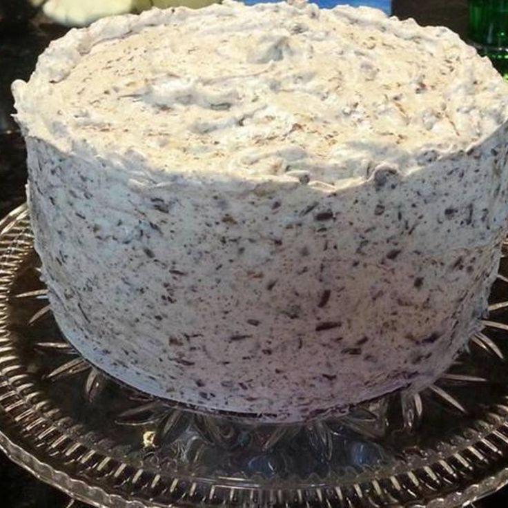 Hershey Bar Cake - Tastes like Oreos!
