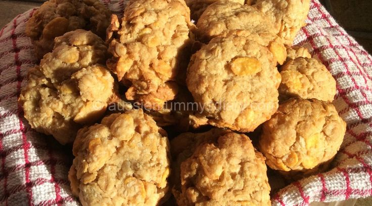 Cornflake and Oat Cookies