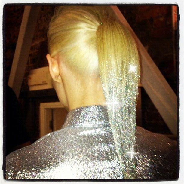 hair, hair color, multi-colored hair, blonde hair, silver, silver hair, glitter