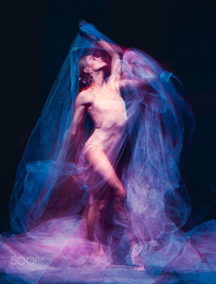 The art photo-emotional dance of beautiful ballerina by Volodymyr Melnyk on 500px