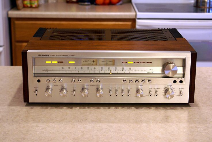 Pioneer SX-1250 | High power vintage stereo receiver with 160 watts per channel $1000