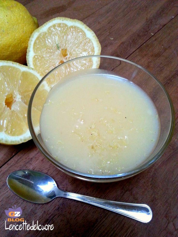 crema al limone senza latte verticale