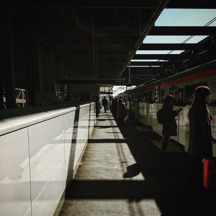・ ・ station🚉 ・ つくばエクスプレス 柏の葉キャンパス駅にて 仕事で訪れた柏の葉で駅ショット📸 ・ iPhone6s Snapseed→Instagram ・ #team_jp_ ←後ろにアンダーバー1つ #team_jp_東 (千葉県)