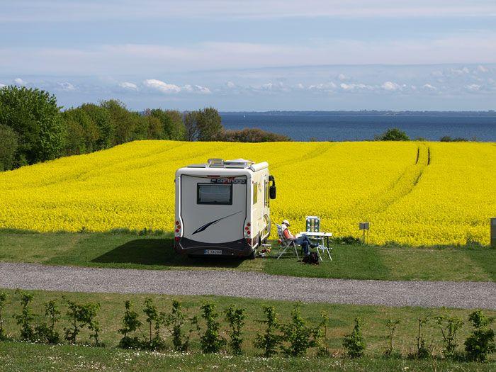 Camping Walkyrien Strand Wohnmobil-Stellplätze mit Meerblick Bliesdorf/Schashagen Urlaub 2011-2012