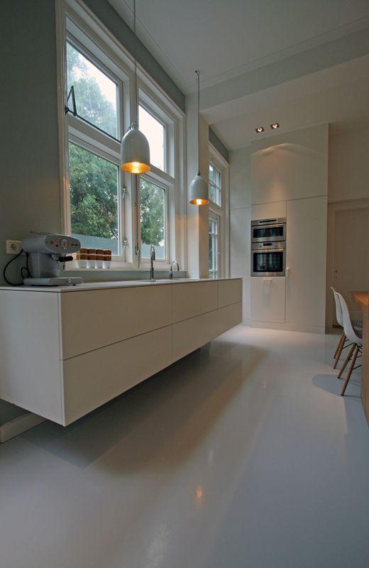 Zwevende keukens