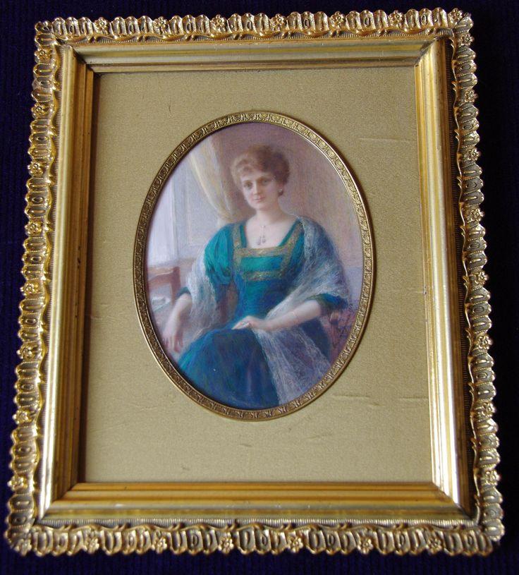 Marie Languereau - woman portrait - signature and date -1918